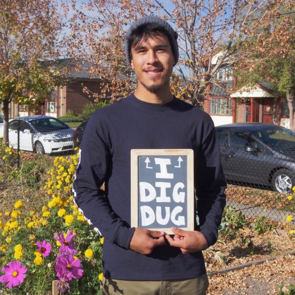 Miguel Digs DUG